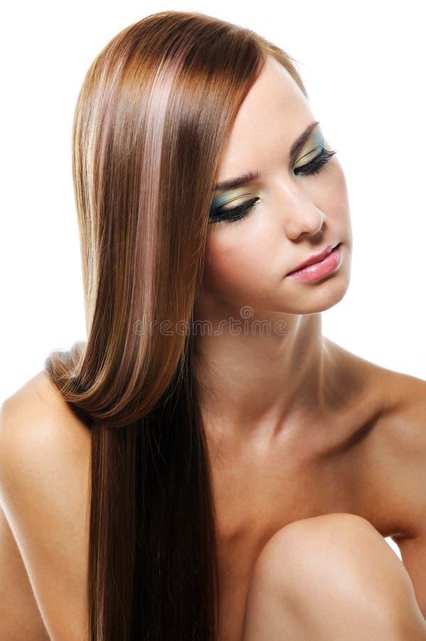 Ritratto di giovane femmina con i capelli lunghi di bellezza immagine stock libera da diritti