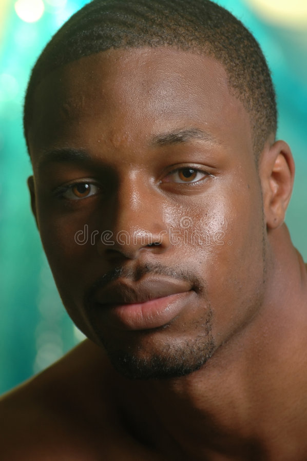 Ritratto di giovane maschio dell'afroamericano fotografia stock