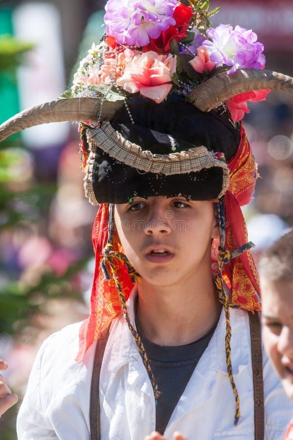 Download Ritratto Di Giovane Pastore In Vestito Nazionale In Bulgaria Fotografia Editoriale - Immagine di anziano, tradizionale: 56890942