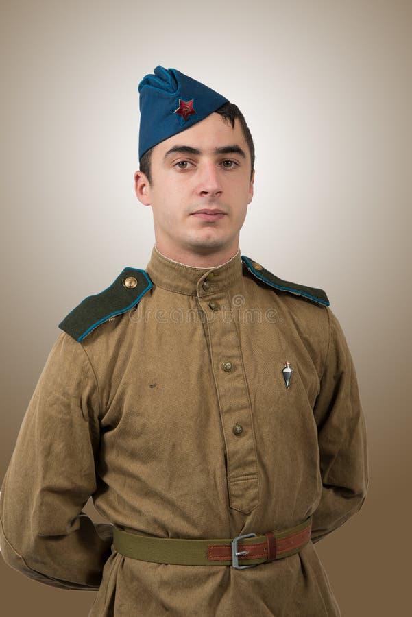 Ritratto di giovane soldato sovietico, ww2 fotografie stock