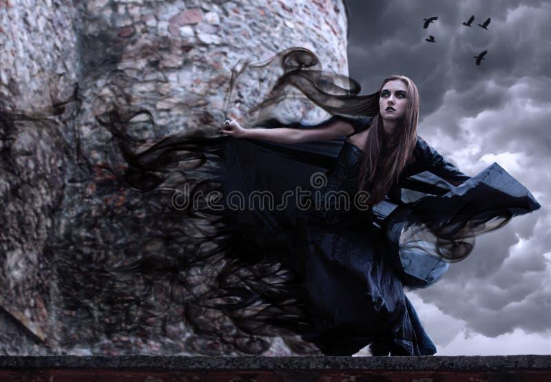 Ritratto di giovane strega. fotografia stock
