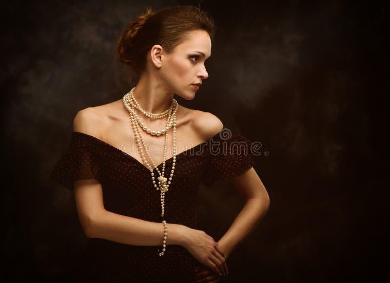 Ritratto di modo della donna di bellezza fotografie stock libere da diritti