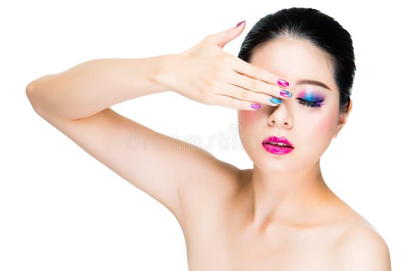 Ritratto di signora alla moda con l'artista fotografie stock libere da diritti