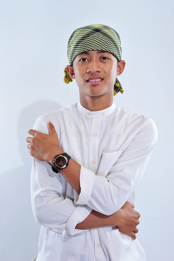 Ritratto di sorridere musulmano bello dell'uomo fotografie stock