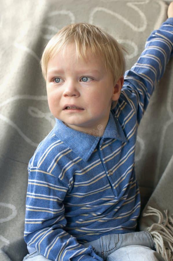Ritratto di un bambino gridante fotografia stock
