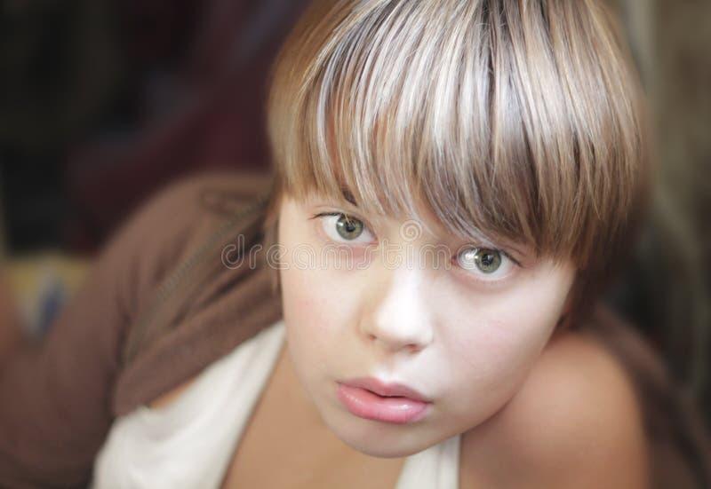 Ritratto di un ragazzo di nove anni immagini stock