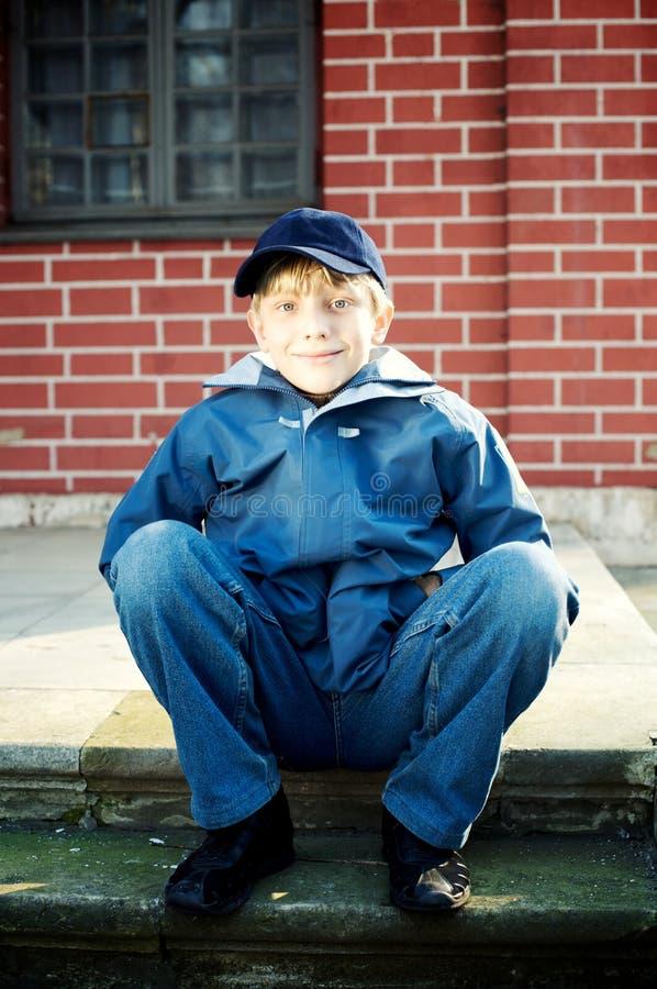 Ritratto di un ragazzo sveglio fotografia stock libera da diritti