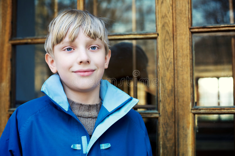 Ritratto di un ragazzo sveglio fotografie stock