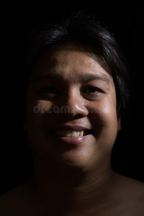 Ritratto di un sorridere dell'uomo fotografie stock
