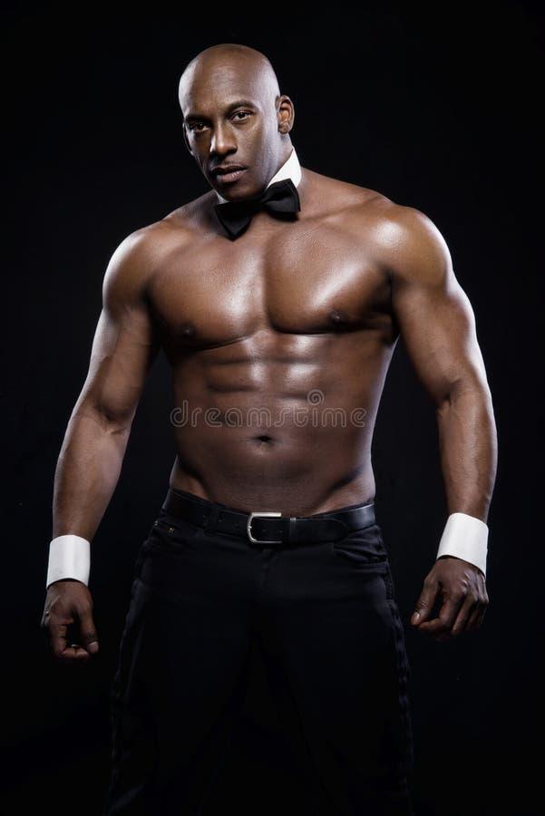 Ritratto di un uomo afroamericano atletico fotografie stock libere da diritti