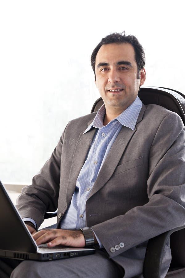 Ritratto di un uomo d'affari maturo immagini stock
