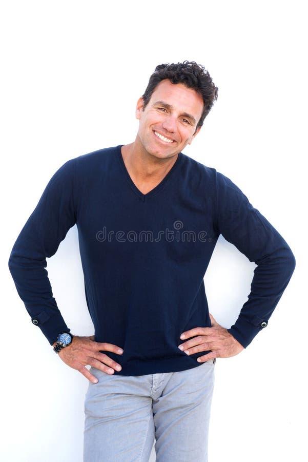 Ritratto di un uomo invecchiato mezzo sorridente immagini stock