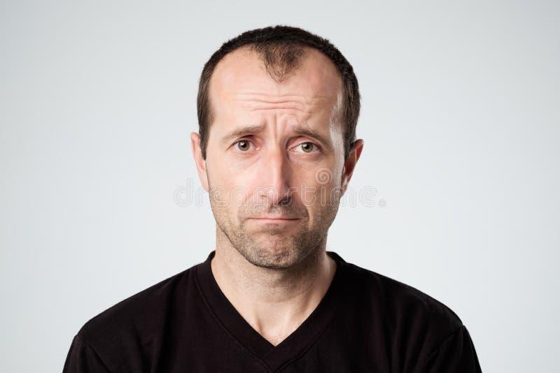 Ritratto di un uomo triste immagine stock