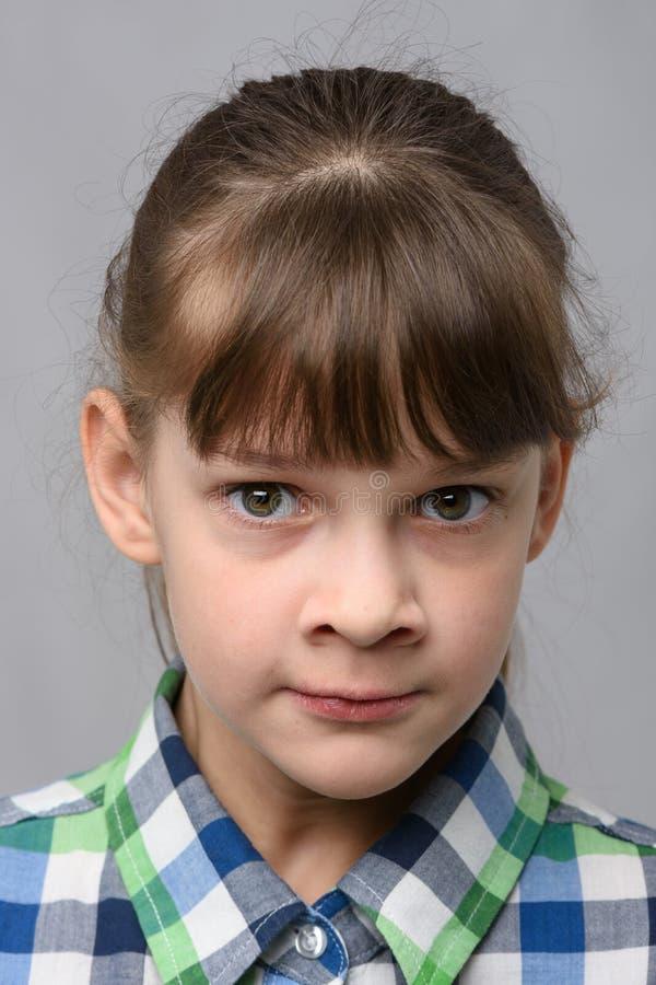 Ritratto di una bambina di dieci anni di apparenza europea, ravvicinata fotografia stock libera da diritti