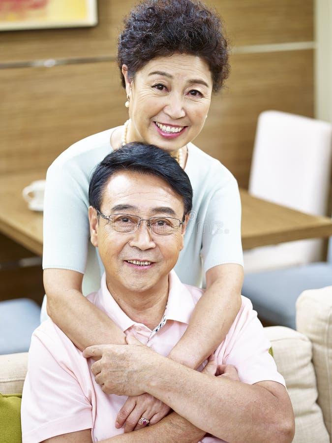 Ritratto di una coppia maggiore felice fotografia stock