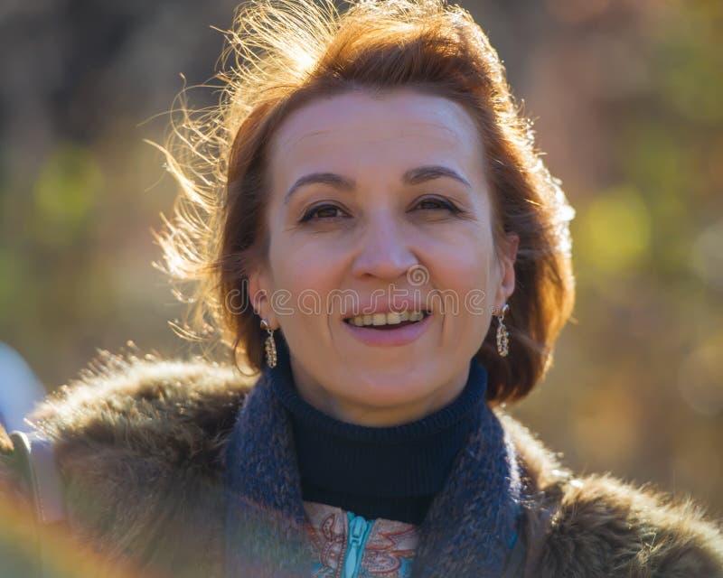 Ritratto di una donna fotografia stock