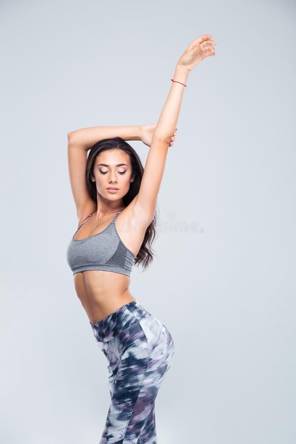 Ritratto di una donna affascinante di forma fisica fotografia stock libera da diritti