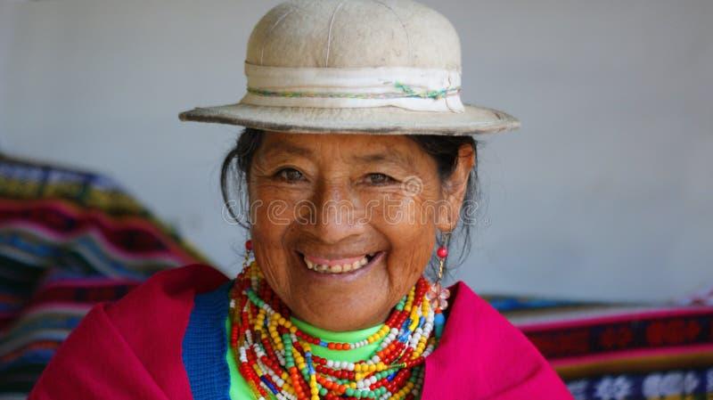 Ritratto di una donna anziana indigena dalla provincia di Chimborazo fotografia stock libera da diritti