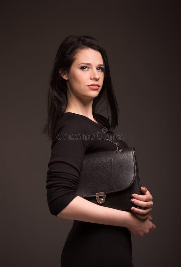ritratto di una donna castana immagine stock libera da diritti