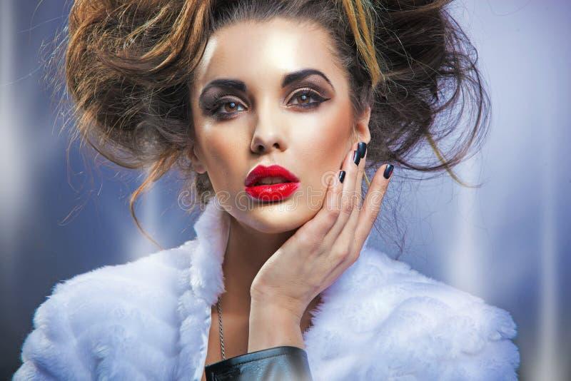 Ritratto di una donna di bellezza fotografie stock