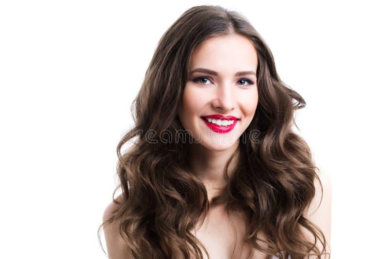 Ritratto di una donna sorridente Ragazza del fronte, primo piano immagini stock