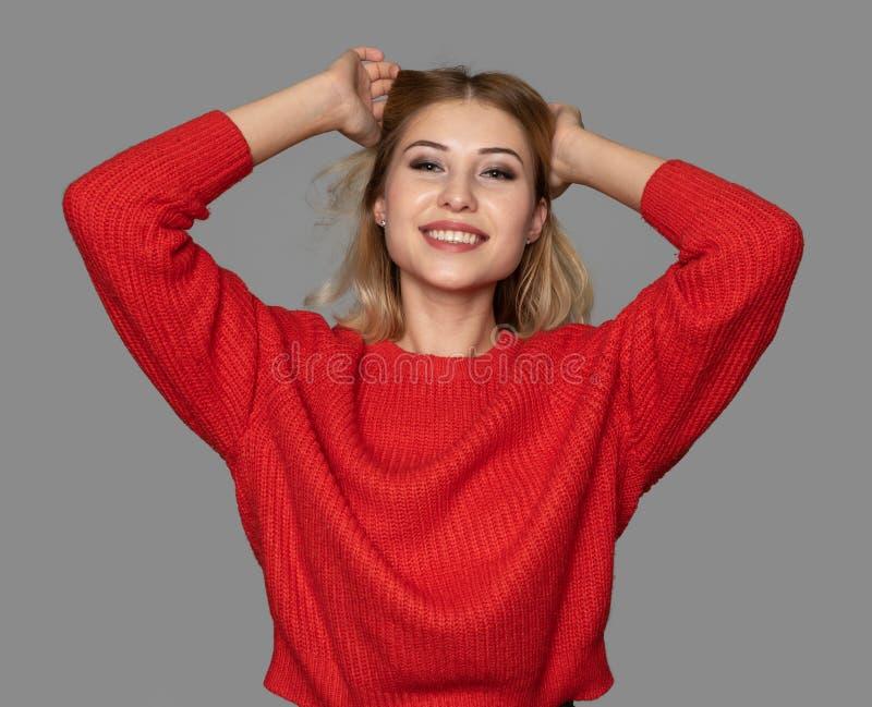 Ritratto di una ragazza allegra felice fotografia stock
