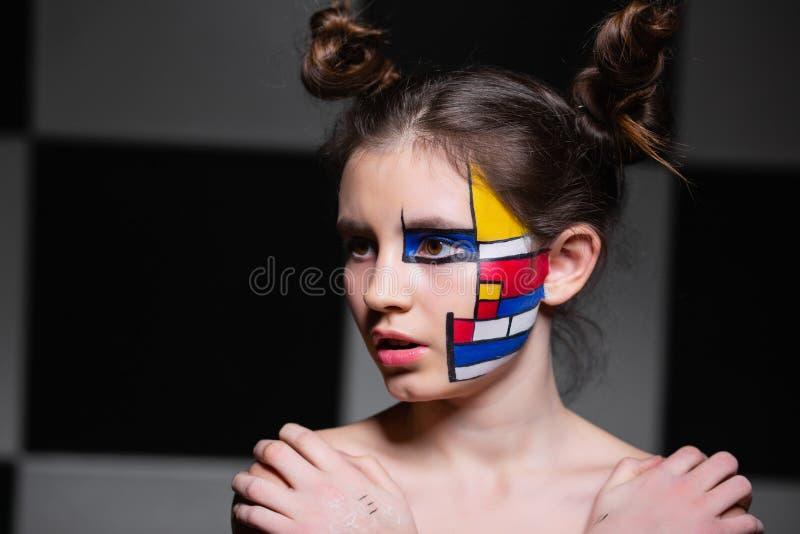 Ritratto di una ragazza dell'adolescente immagini stock