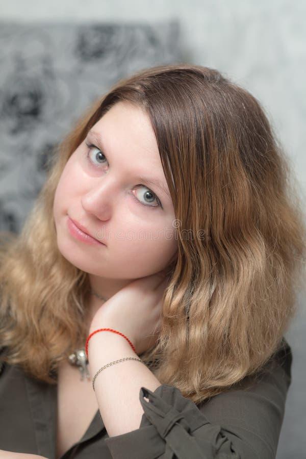 Ritratto di una ragazza pensive immagini stock libere da diritti
