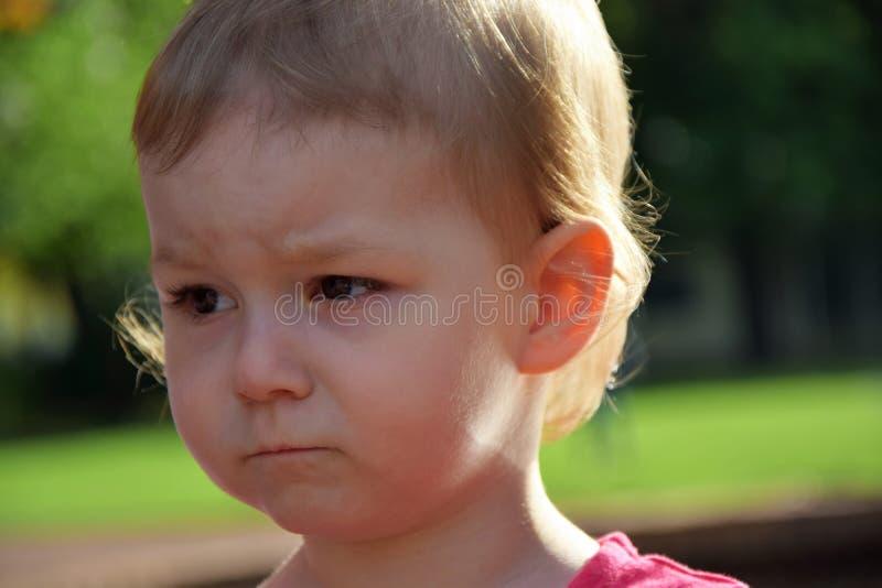 Ritratto di una ragazza triste fotografia stock libera da diritti