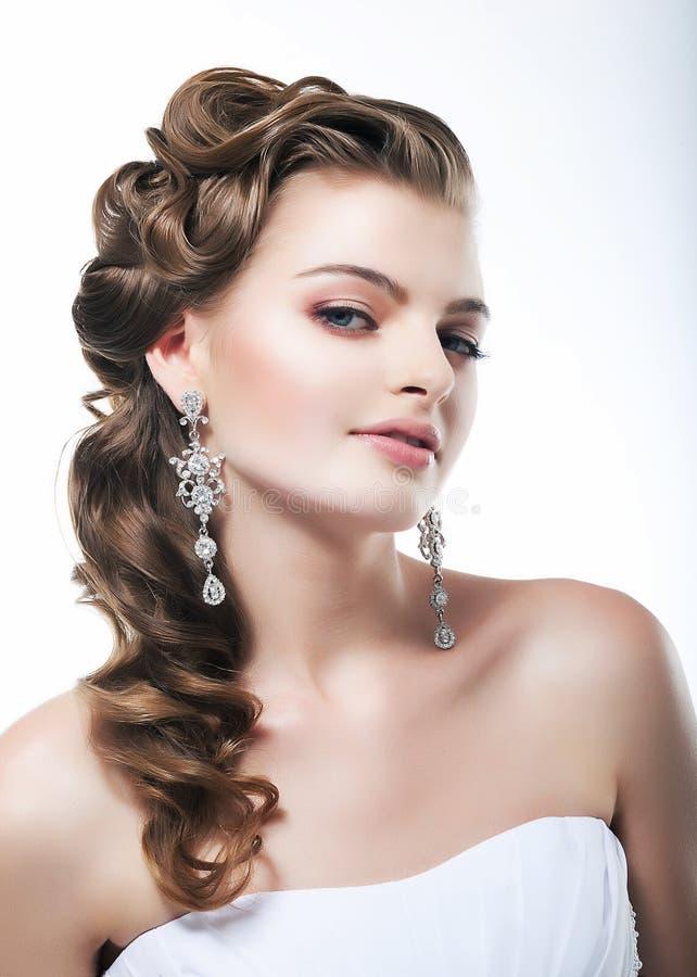 Ritratto femminile sexy bello del primo piano del fronte. Splendido fotografia stock