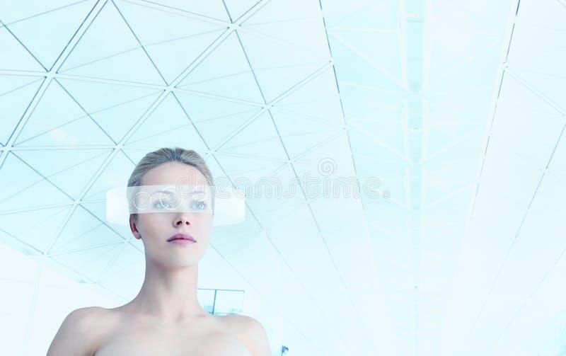 Ritratto futuristico della donna fotografia stock libera da diritti