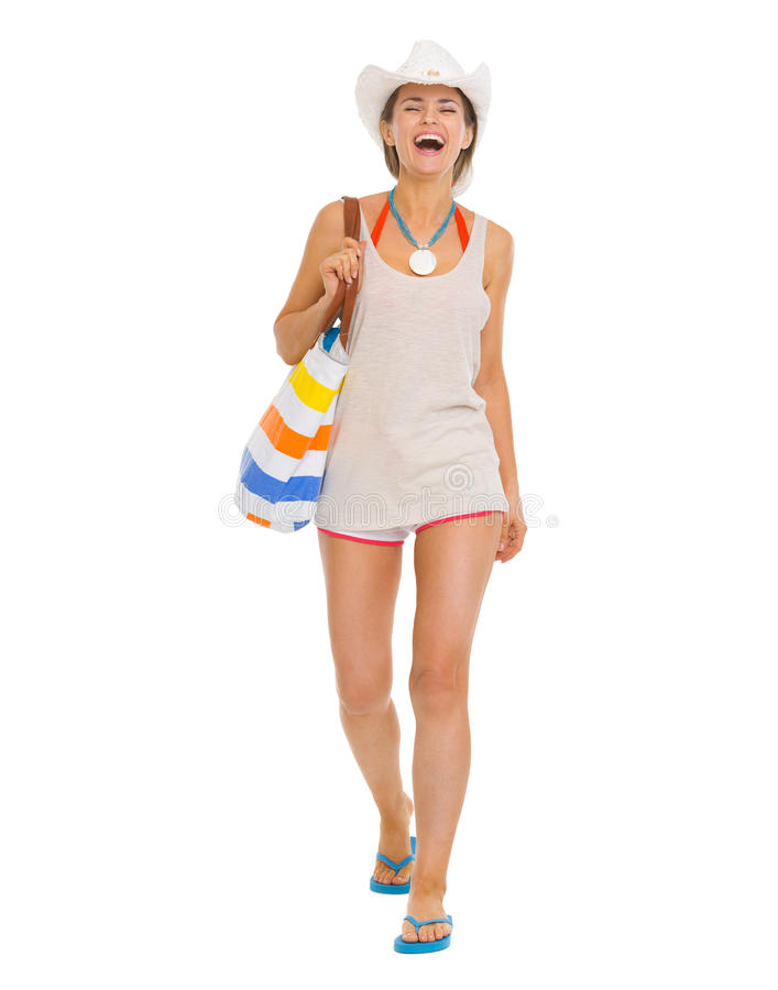 Ritratto integrale di giovane donna sorridente della spiaggia immagini stock libere da diritti