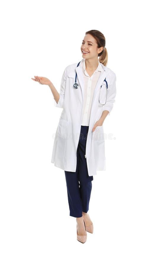 Ritratto integrale di medico con lo stetoscopio immagine stock libera da diritti
