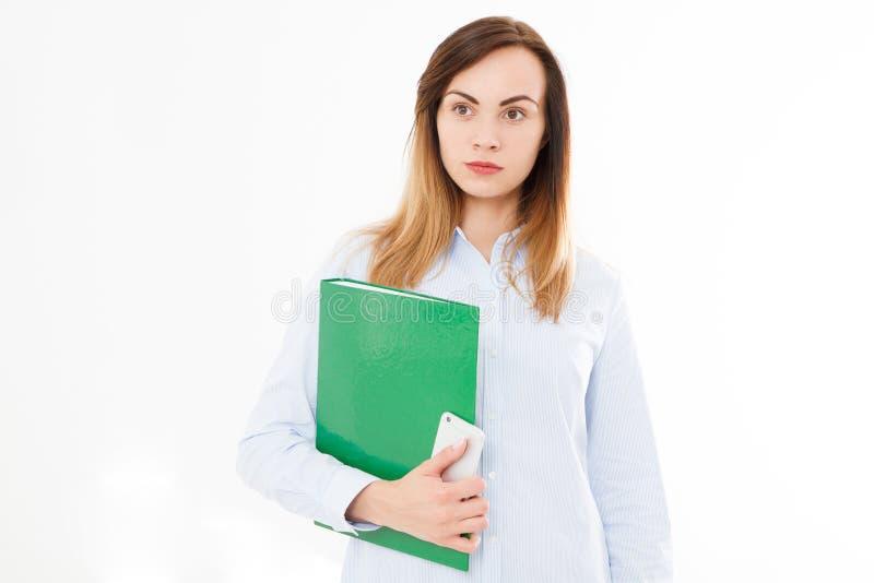 Ritratto isolato della donna di affari, ragazza con lo smartphone Confid fotografie stock