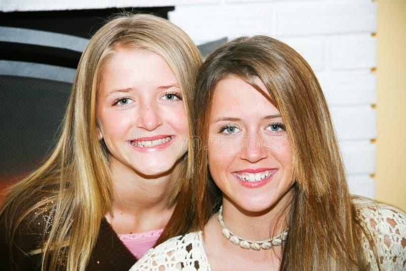 Ritratto - sorelle adolescenti immagini stock