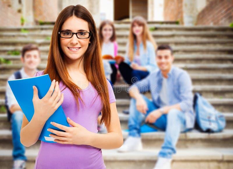 Ritratto sorridente dello studente immagini stock libere da diritti