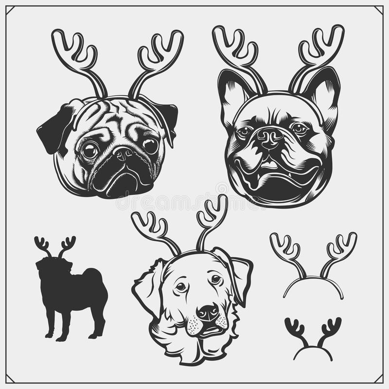 Ritratto sveglio dei cani con i corni di Natale Bulldog francese, carlino e golden retriever con i corni della renna Progettazion royalty illustrazione gratis