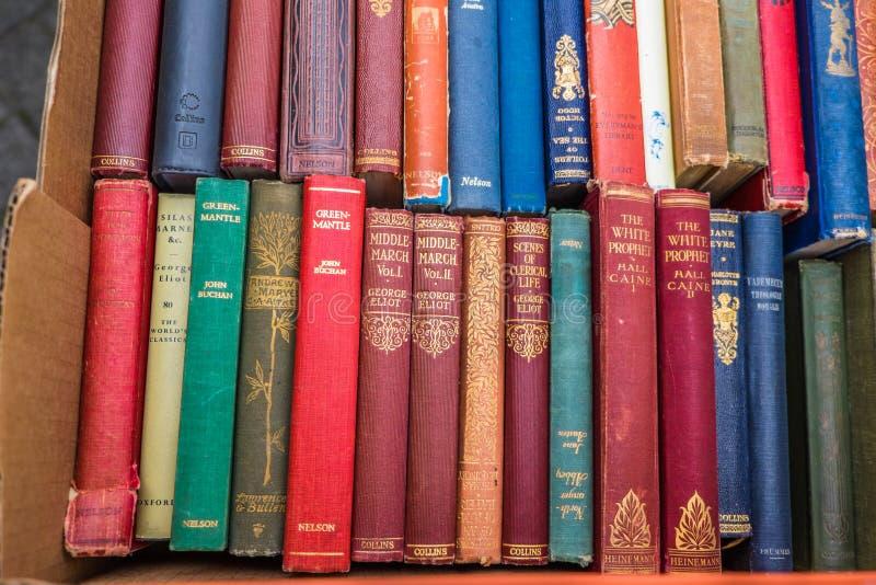 Ritrovamenti del deposito di vecchio libro fotografia stock libera da diritti