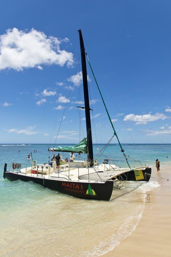 Ritt för Waikiki katamaranfartyg arkivfoto