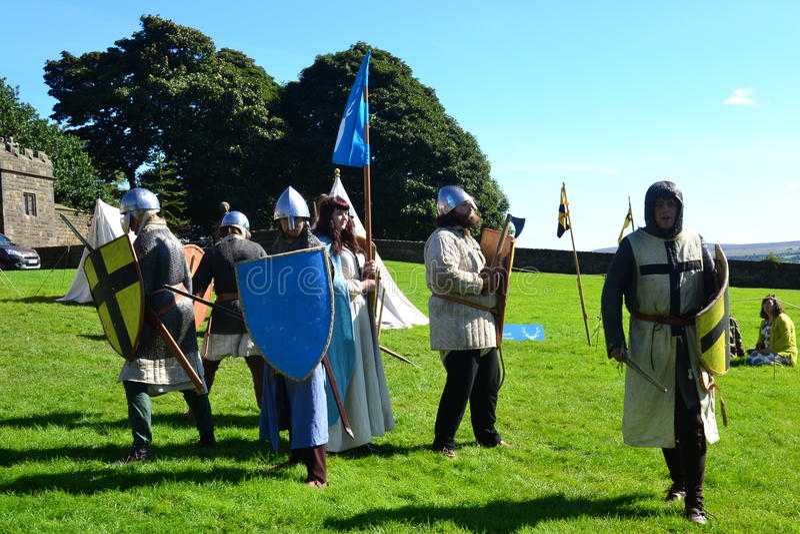 Ritter, die in einer defensiven Position Lancashire einkreisen stockfotografie