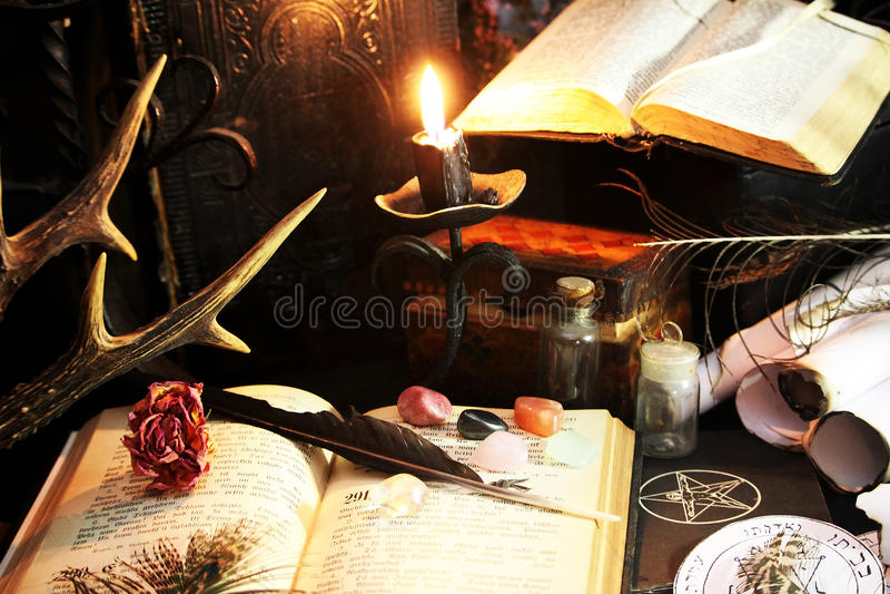 Ritual da magia negra foto de stock