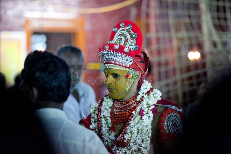 Ritual de Theyyam en Kerala, la India del sur imagenes de archivo
