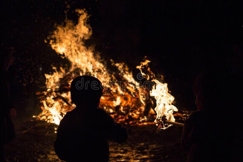 Ritual del fuego de Zagovezni imágenes de archivo libres de regalías