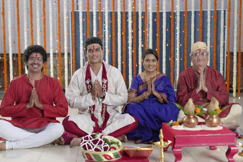 Ritual in Indian Hindu wedding stock photography