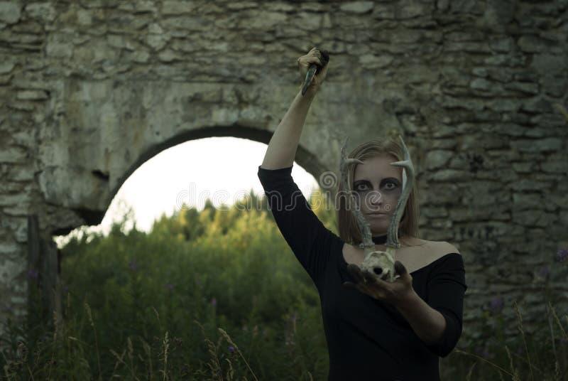 Rituel femelle sinistre images libres de droits