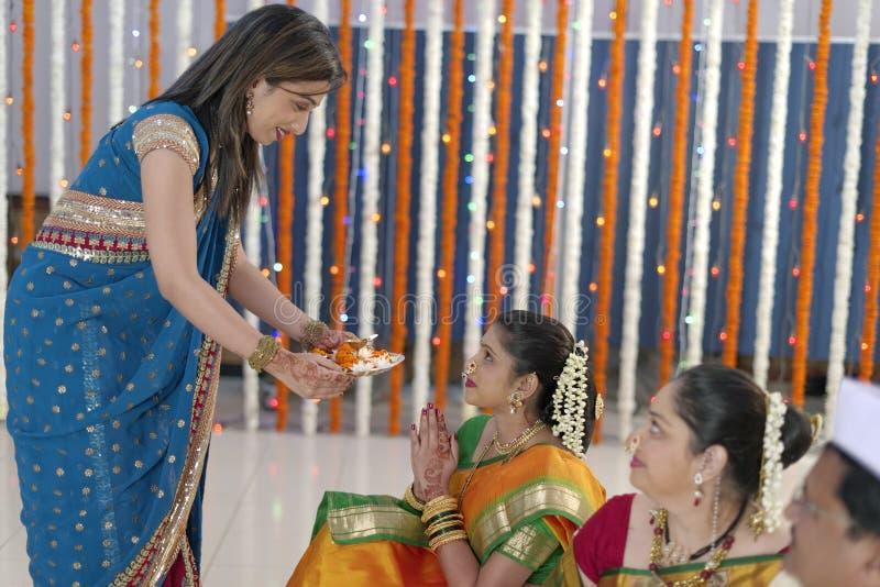 Rituels indous indiens de mariage images libres de droits