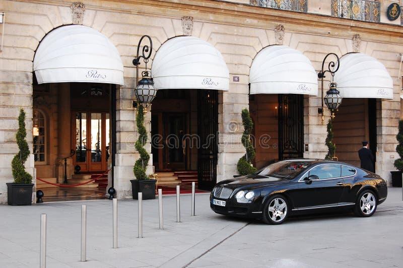Ritz Hotel auf Schritt Vendome in Paris lizenzfreie stockbilder