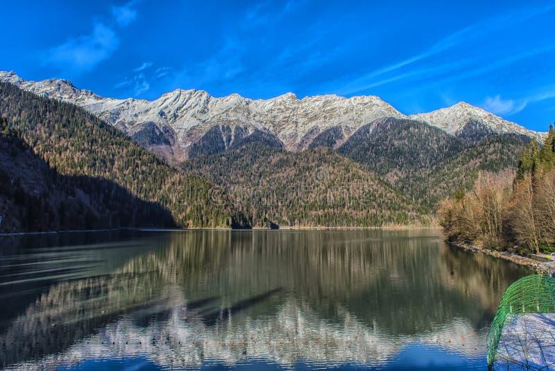 Ritz Lake in Abkhazia immagine stock