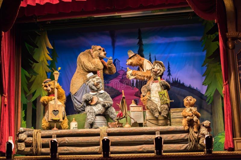 Riunione al regno magico, Walt Disney World dell'orso del paese fotografie stock