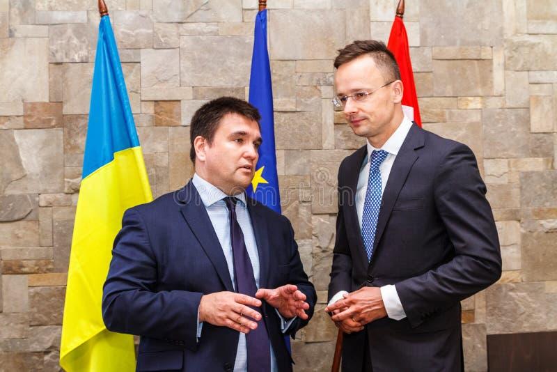 Riunione dei ministri degli affari esteri dell'Ucraina e dell'Ungheria fotografie stock libere da diritti
